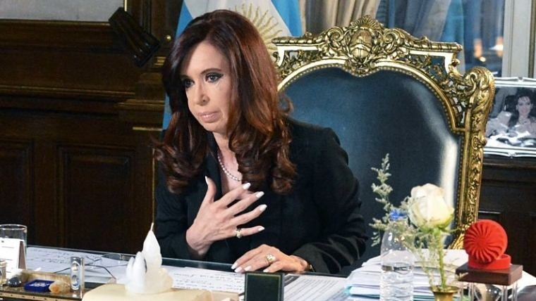 La Presidenta desclasificó documentos pedidos por Nisman