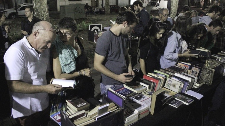 Y también se vendieron libros en la feria de editoriales independientes.
