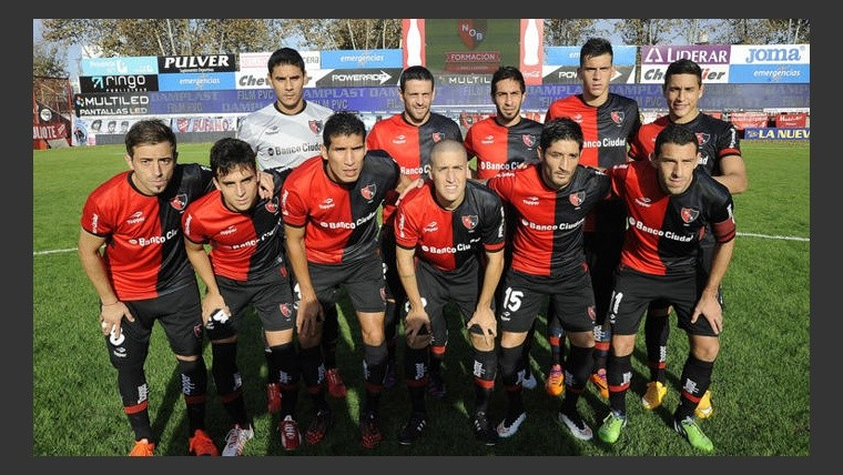 Newell's jugó mal y cayó ante Argentinos.