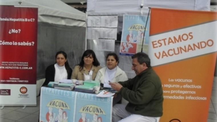 Test gratuito y vacunación Día Mundial contra la Hepatitis