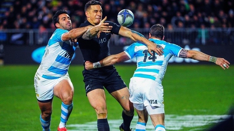 Los Pumas debutan con los All Blacks.