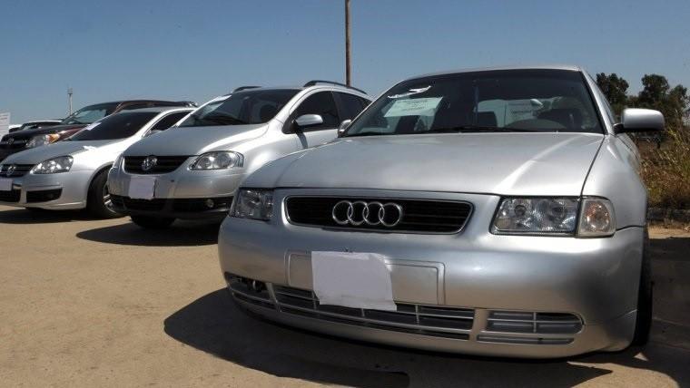 Alegría: Anularán impuestos a los autos de alta gama