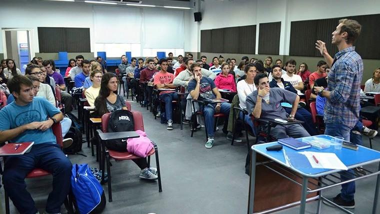 El instituto universitario del gran rosario abre concurso for Concurso para profesores