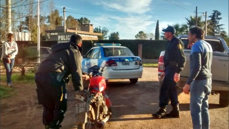 Intendente persiguió con su auto a dos ladrones y los atrapó