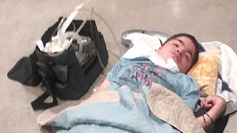 Un chico argentino discapacitado vivió una pesadilla en el aeropuerto de Londres