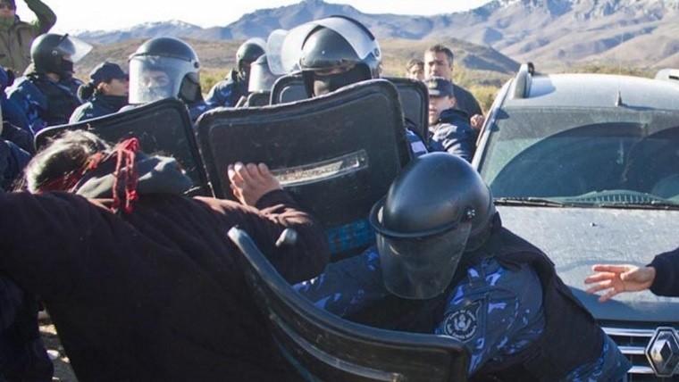 Represión y dos heridos graves en la comunidad mapuche — Chubut
