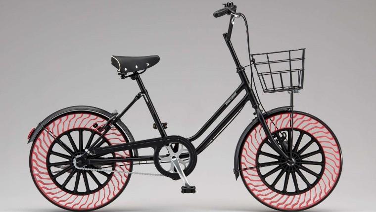 Las nuevas bicicletas sin aire en las ruedas