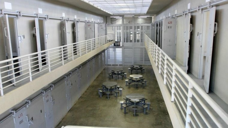Allanaron la cárcel de Piñero por un video de agresiones entre presos