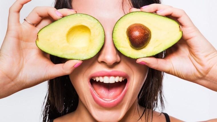 Existen algunos nutrientes en particular que pueden tener mayor impacto en nuestro cuerpo retrasando o evitando signos del envejecimiento.