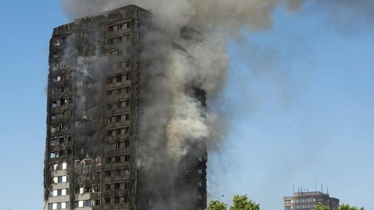 Londres: Desconocen cuántos desaparecieron tras incendio