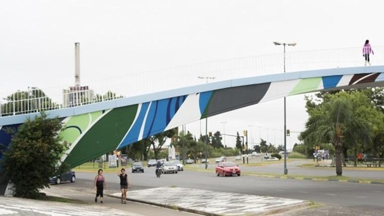 Más de 160 artistas se anotaron para pintar puentes en Rosario ...