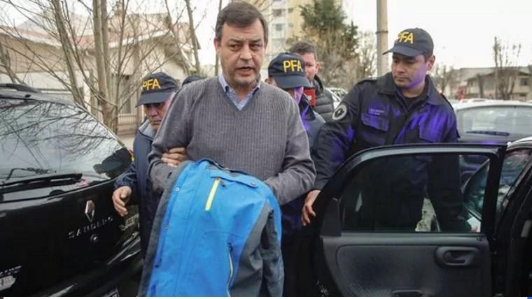 Bonadío ordenó detener al contador de la familia Kirchner