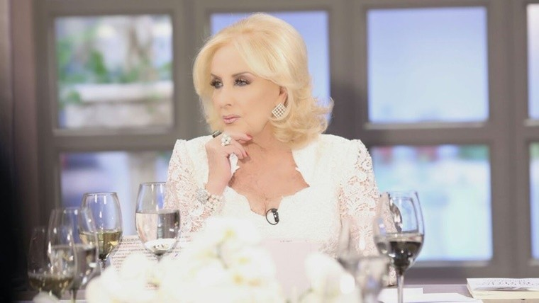 Mirtha legrand estall porque no la invitaron a la gala de for Revistas argentinas de farandula