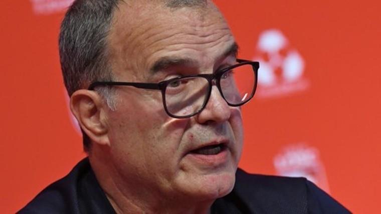 VIDEO l Bielsa atacó a periodista en plena conferencia de prensa