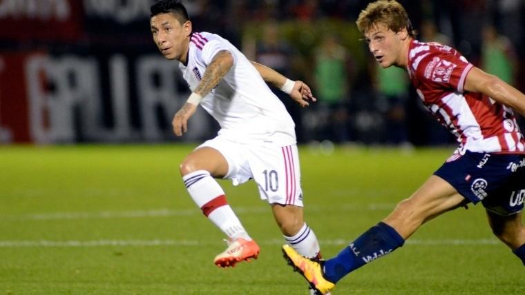 Sarmiento tuvo un debut aceptable.