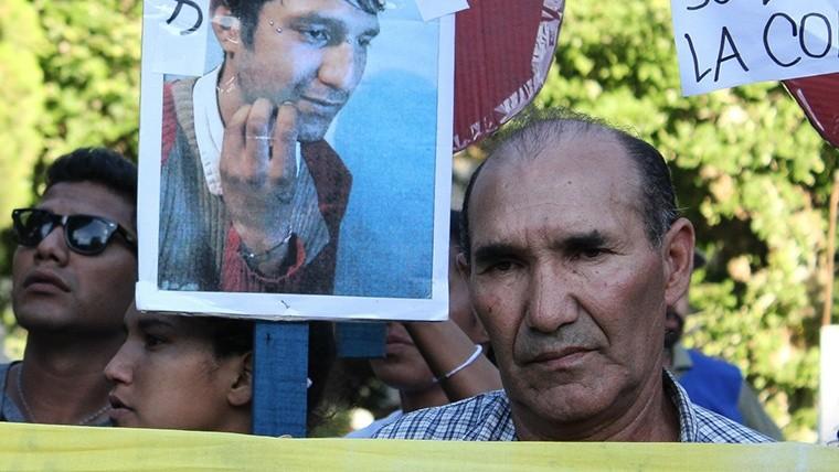 Detienen a altos jefes policiales en Rosario — Caso Casco