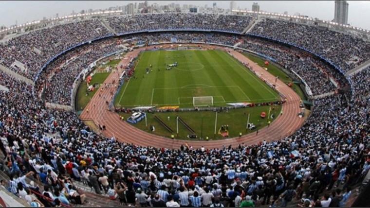 Argentina solicitó tres posibles estadios para jugar ante Perú