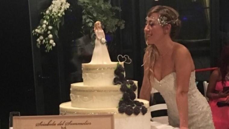 Una mujer se casa pero sin su príncipe azul