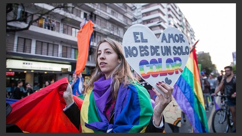 Enorme Marcha Del Orgullo Gay Por Las Calles De Rosario Rosario3