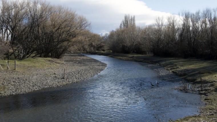 Encontraron un cuerpo en el río Chubut durante los rastrillajes — Caso Maldonado