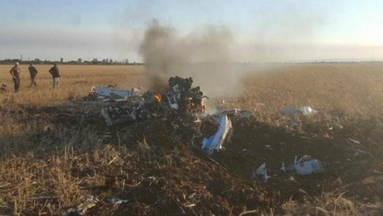 El avión se precipitó por la tarde en Losada.
