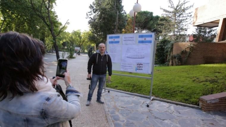Se triplicaron los argentinos que votaron en espa a - Consulado argentino en madrid telefono ...