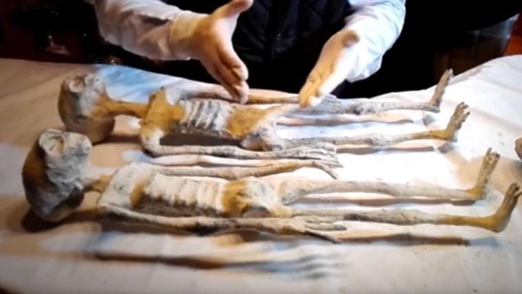 Las momias de Nazca: ¿la primera prueba real de vida alienígena?