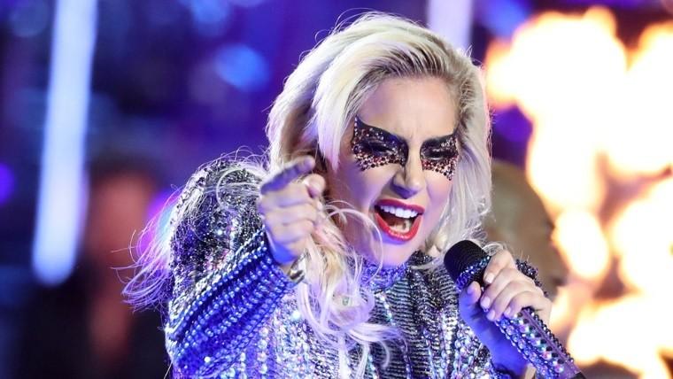 Lady Gaga cancela nuevamente su gira por problemas de salud