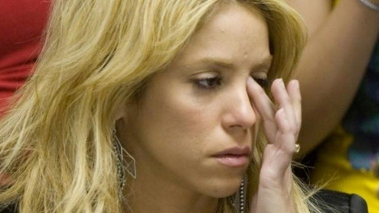 Shakira necesita una cirugía para recuperar su voz