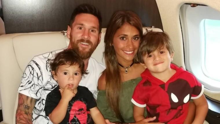 Lionel Messi pasó la Navidad junto a Suárez y su familia
