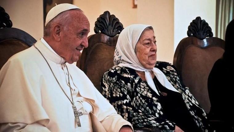 El Papa dio una nueva muestra de respaldo a Hebe de Bonafini