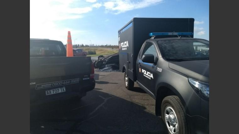 Rosario: Falleció un hombre tras un vuelco en la autopista Santa Fe