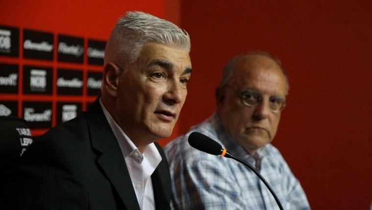 El entrenador fue presentado por el presidente Bermúdez.