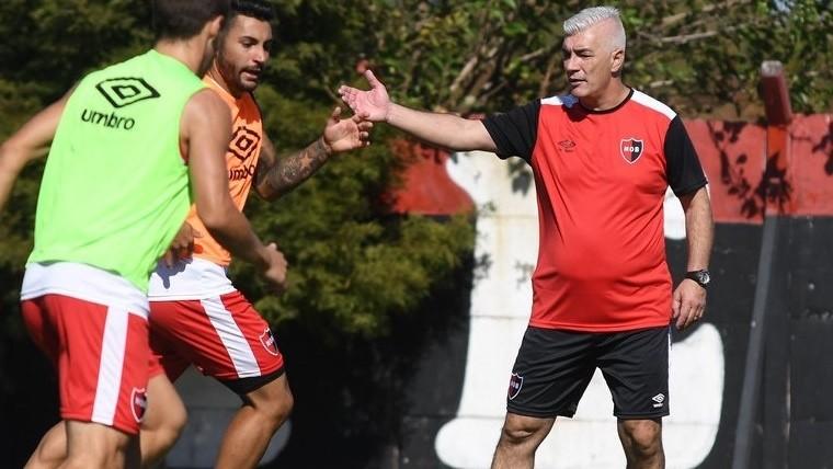 Newell's venció a San Martín sin mayores inconvenientes