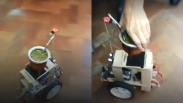 Hicieron un robot que les ceba mate — Bien argento