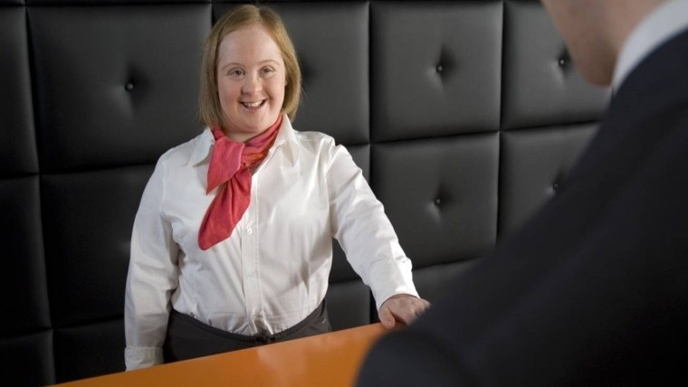 Sólo 3 de cada 10 empresas toman a personas con discapacidad.