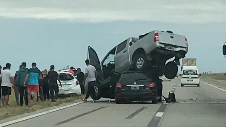 Increíble accidente en la autopista Córdoba-Rosario