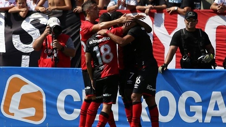 Newell's se lo empató en el final a Atlético