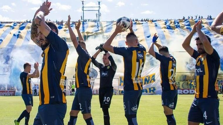 El descendido Arsenal goleó a Rosario Central