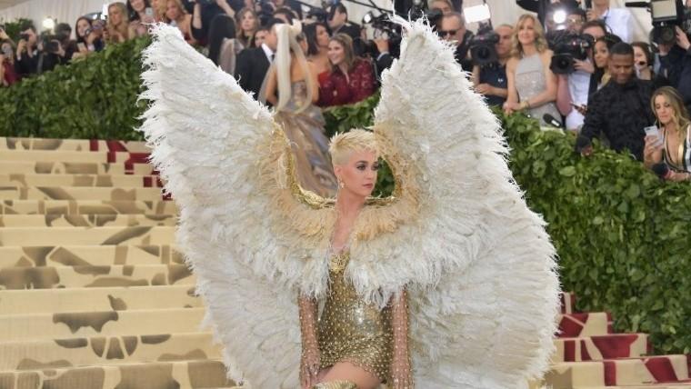 e9a1a7888 Los famosos eligieron vestuarios inspirados en la moda y la religión