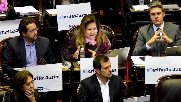 Diputados opositores insisten con aprobar proyecto para eliminar los aumentos tarifarios