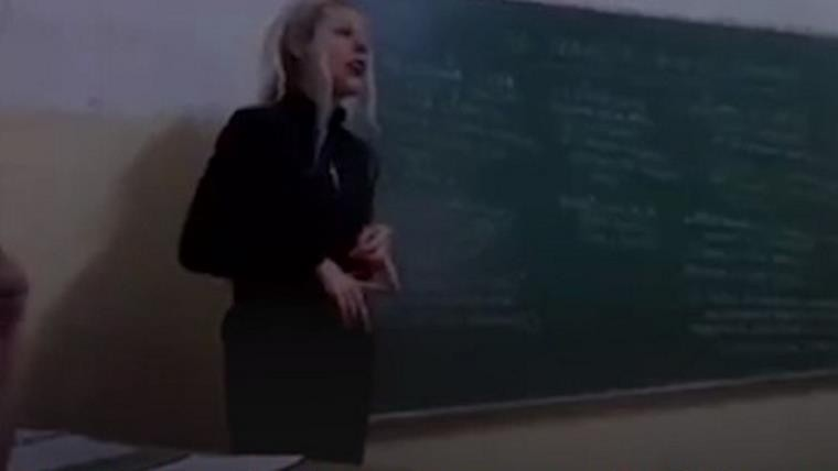 Polémica por una profesora que defendió a Hitler en plena clase