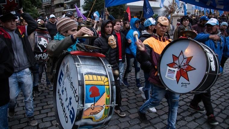 La marcha federal se dirige hacia Plaza de Mayo
