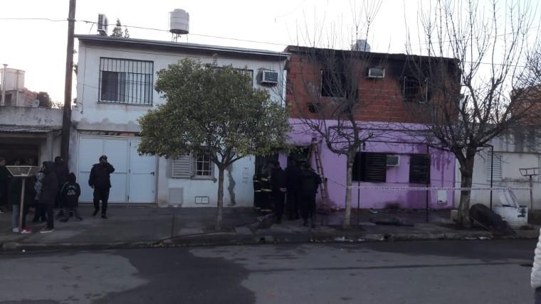 Una mujer y sus hijos murieron tras un incendio — Tragedia en Rosario