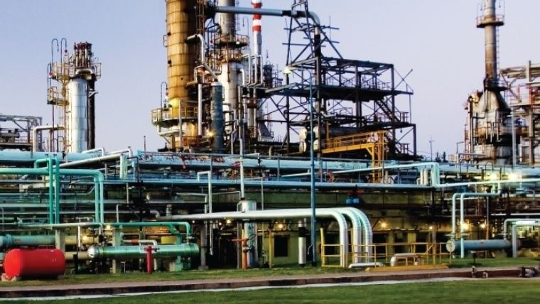 YPF operará Oil Combustibles durante los próximos dos meses