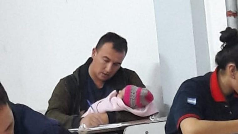 La foto de Hugo con Bianca se viralizó a través de las redes sociales.