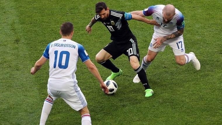 Jorge Sampaoli piensa en jugar con tres defensores ante Croacia
