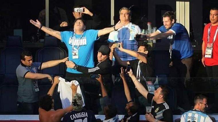 Ofrece Maradona recompensa para aclarar su ´muerte´
