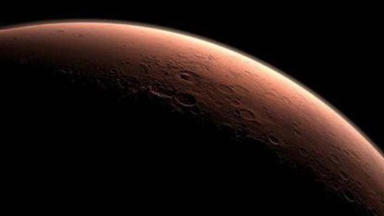 Se acerca Marte y habrá eclipse total de luna