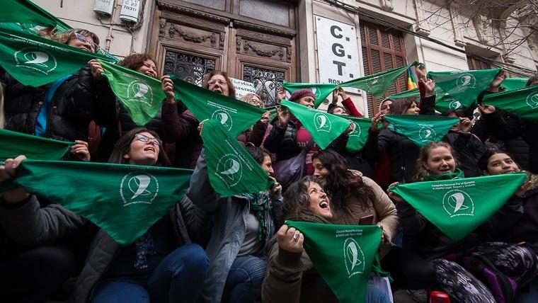 El acto de este martes frente a la CGT Rosario.